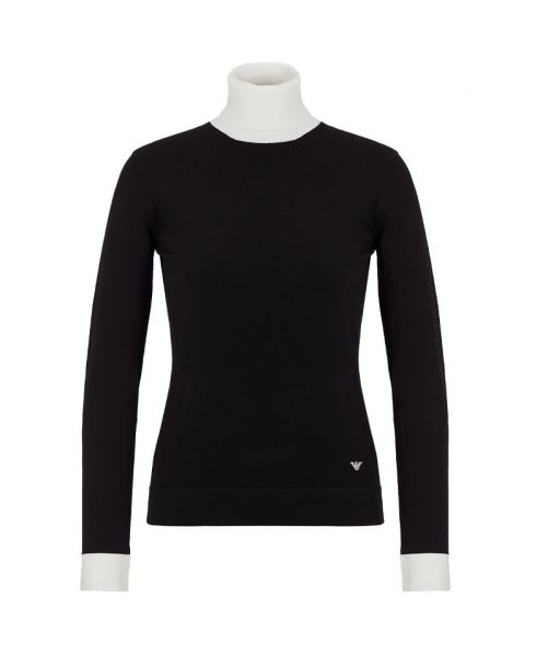 ROLLNECK WITH CONTRASTING EDGES